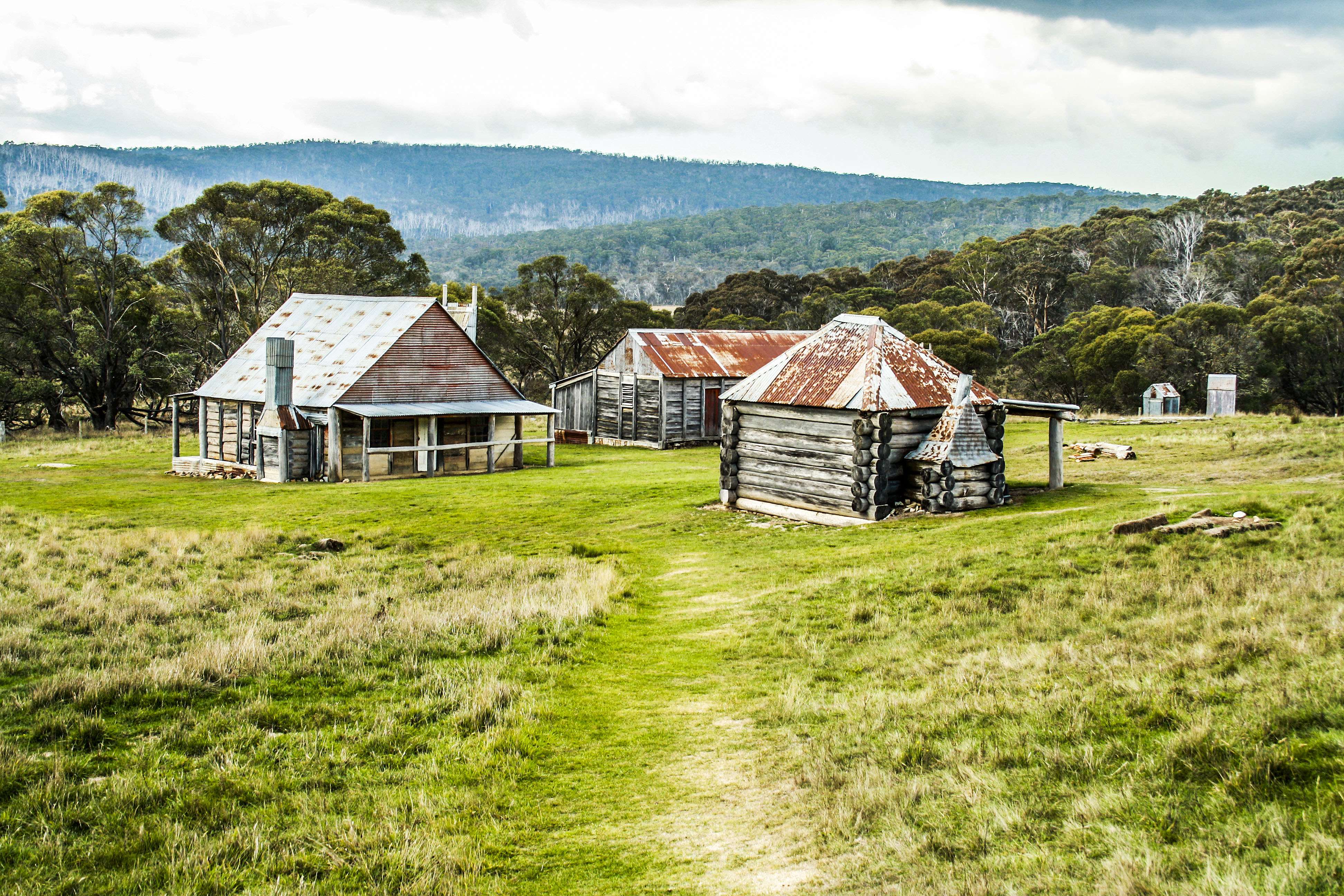 Explore long plain in northern kosciuszko c s davis for Free homestead