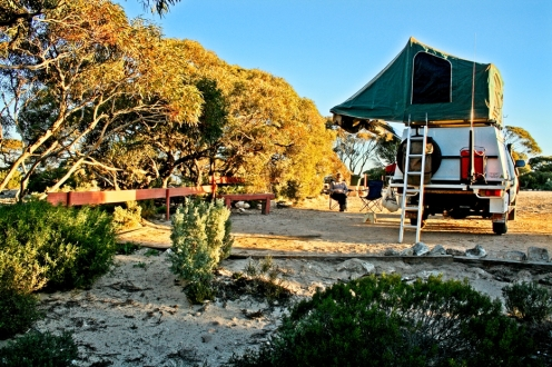 The fading light of the day over our camp at Eucla